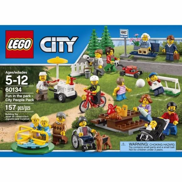60134 LEGO DIVERSÃO NO PARQUE PESSOAS NA CIDADE